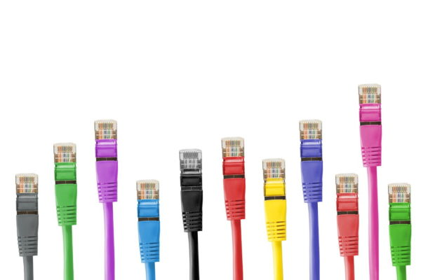 Netzwerkkabel bzw. Patchkabel in verschiedenen Farben
